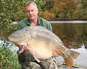 Colin Bunn with a 52lb 12oz mirror