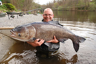 Kevin Green with a 59lb big head!